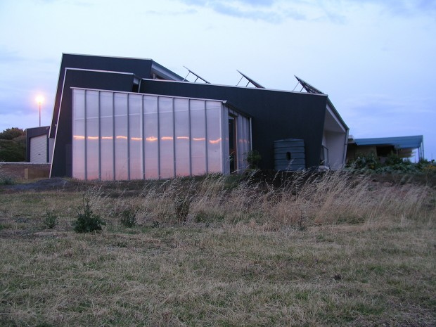 Sustainable designed home - Aldinga - side view