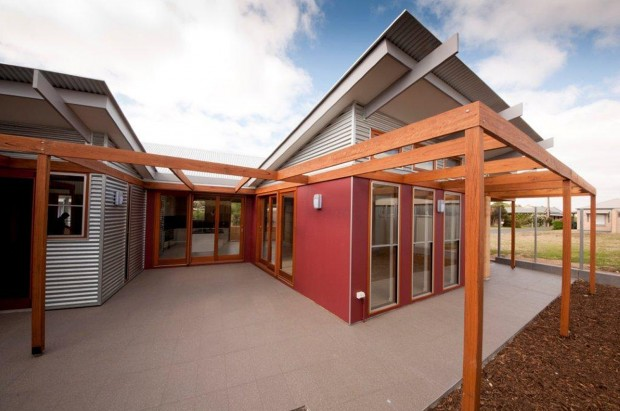 Sustainable beach house at Goolwa