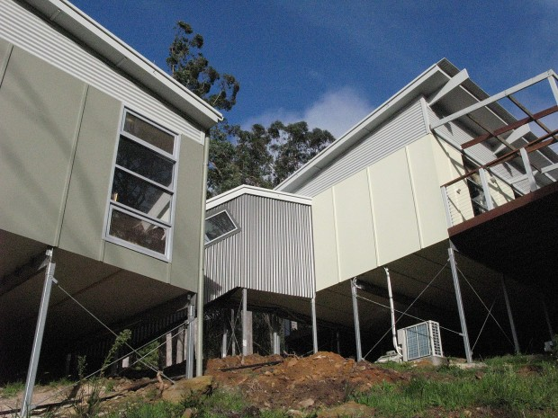 Affordable & Sustainable pavilion house Mt George