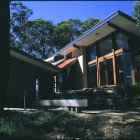 Sustainable Bioclimatic design residence at Norton Summit