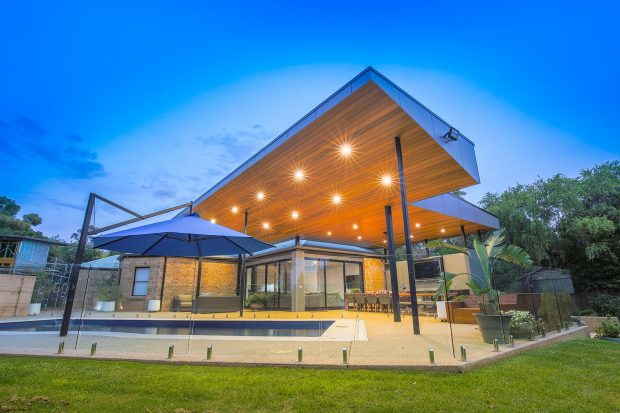 New, pool, opening, space, upgrade, extension, kitchen, pavilion, alfresco, living, architecture, energy, light, Mildura